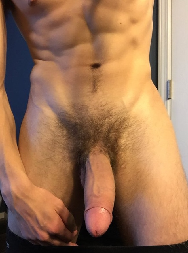 hot-and-large-naked-penis